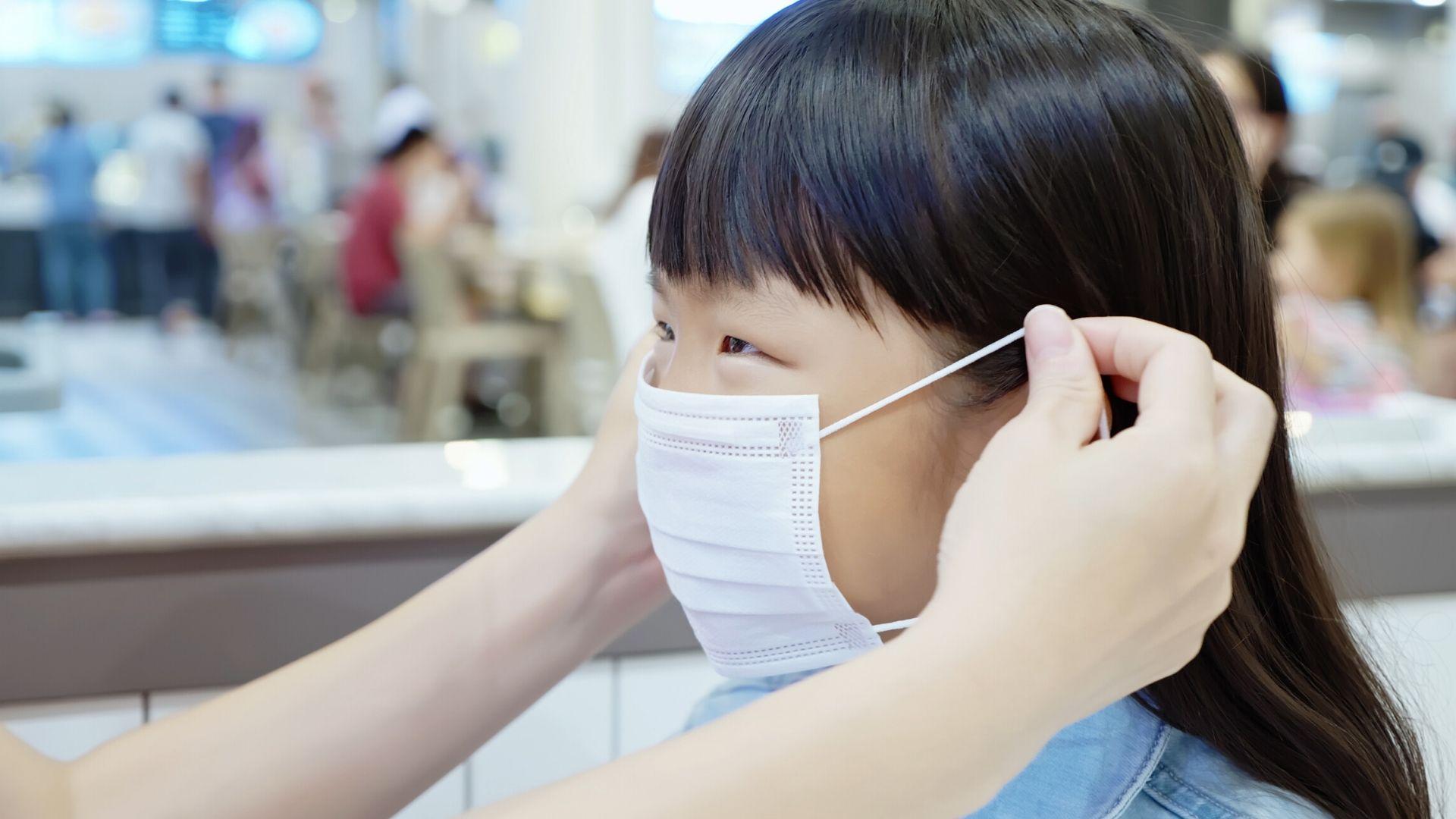 Les enfants doivent-ils porter des masques